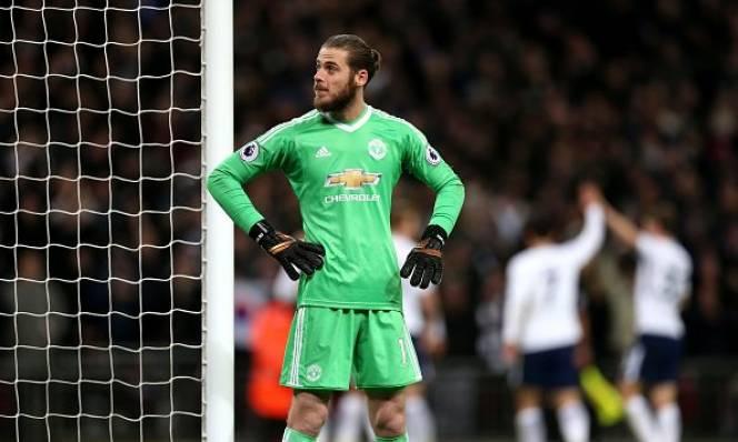 Sanchez lạc lõng, M.U nhận kỷ lục buồn trên sân Wembley