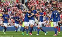 Thắng dễ 10 người Sunderland, M.U bám sát top 4
