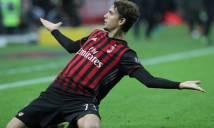 Lập siêu phẩm vào lưới Juve, sao trẻ Milan đi vào lịch sử