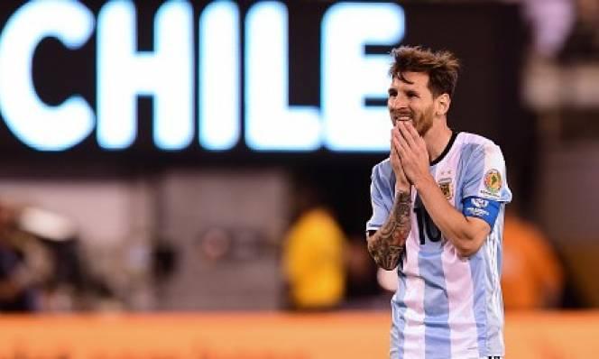 Messi trượt penalty, Argentina gục ngã trước ngưỡng cửa thiên đường