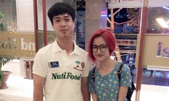 Fan lo lắng vì Công Phượng bất ngờ bỏ theo dõi Hòa Minzy trên Instagram