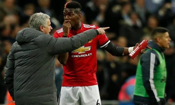 Cầu thủ đắt giá nhất M.U thừa nhận va chạm với Mourinho