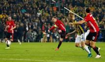 Rooney cân bằng kỷ lục của Van Nistelrooy dù MU thua trận