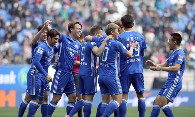 Nhận định Ulsan Hyundai vs Suwon Bluewings, 18h00 ngày 9/5 (Vòng 1/16 AFC Champions League)