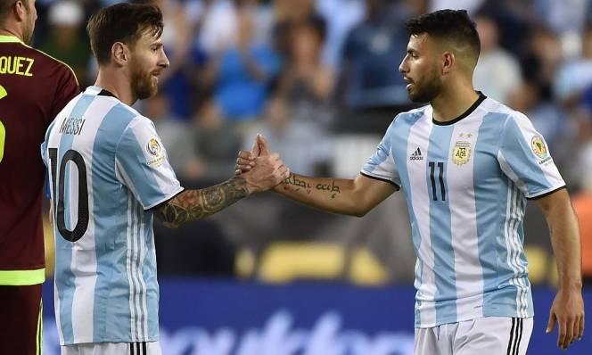 ĐT Argentina triệu tập tổng duyệt World Cup: 'Thương binh' Aguero vẫn có mặt; Lần đầu cho Higuain