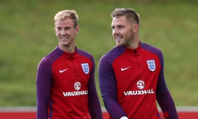 Thủ môn số 1 tuyển Anh đứng trước tương lai bất định