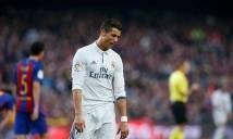 Ronaldo lại bị chửi đồng tính tại El Clasico, Barca khó thoát án phạt