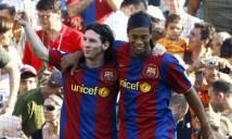 Ủng hộ Messi ra đi, Ronaldinho khiến Culé phiền lòng