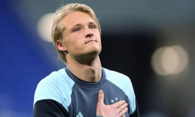 Dortmund chiêu mộ họng súng trẻ của Ajax vào tháng 1/2018