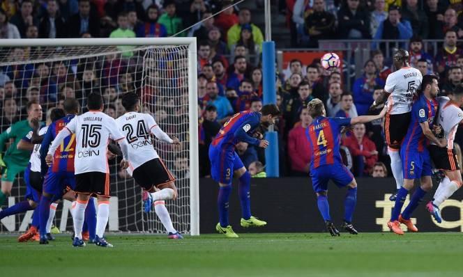 Có hay không một Barcelona 'sạch sẽ' ?