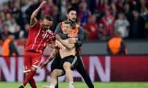 Bỏ lỡ cơ hội ngon ăn, Ribery bị fan 'khủng bố' sau trận đấu
