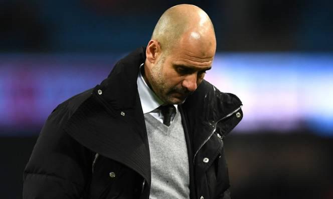 Man City bị Chelsea bỏ xa tới 10 điểm, lỗi tại ai?