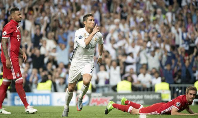 Real đấu Bayern: Ronaldo hóa
