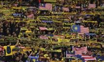 Manh động từ fan đến đội, bóng đá Malaysia bị phạt nặng