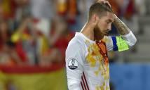 CĐV 'dậy sóng' vì Ramos và Iniesta