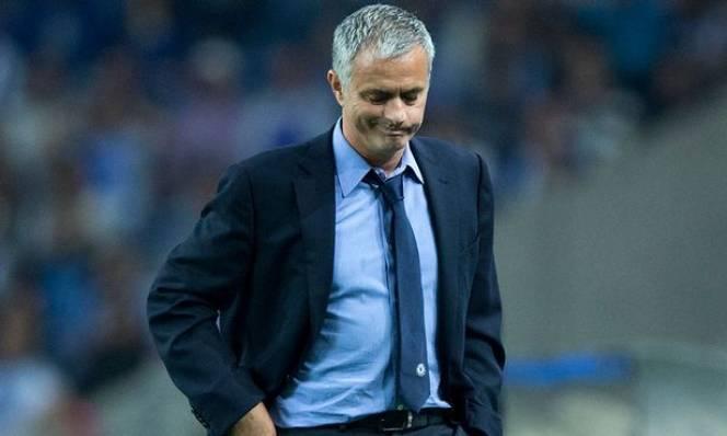 Mourinho nhận 'tối hậu thư' từ nhà Glazer