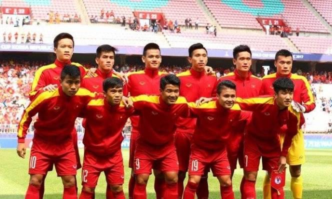 Theo chân thầy, 7 cầu thủ U20 Việt Nam được gọi lên ĐTQG