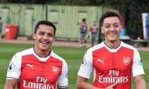 Không có chuyện Sanchez và Oezil từ chối gia hạn