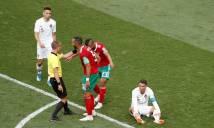 Nghi vấn trọng tài mất liên lạc VAR gây bất lợi cho Morocco và Ronaldo