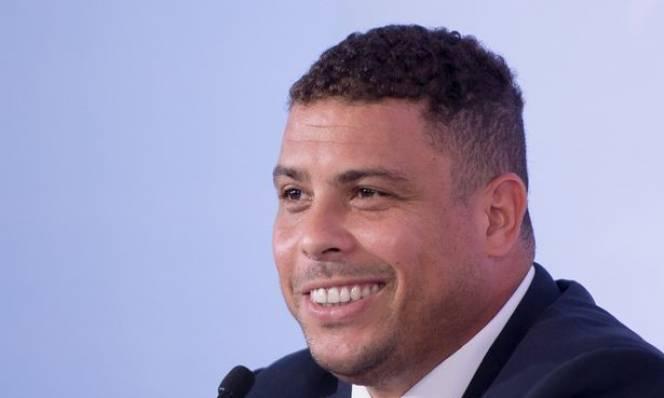 Ro 'béo' chỉ trích Barca, bày tỏ tình yêu với Real