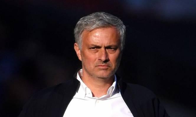 SỐC: Trắng tay cùng MU, Mourinho được cấp 500 triệu bảng mua sắm
