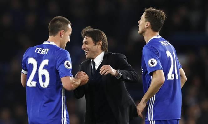 Chelsea sắp 'ngồi chung mâm' với MU và Arsenal