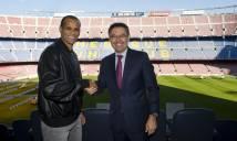 Huyền thoại Brazil tái hôn với Barca ở tuổi 44