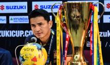 HLV Kiatisak nhận 'tối hậu thư' từ LĐBĐ Thái Lan