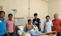 Va chạm kinh hoàng, đồng đội Messi Campuchia nhập viện