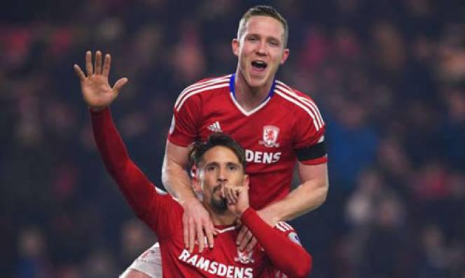 Ramirez đánh đầu ghi bàn, Middlesbrough tạm thời thoát nạn