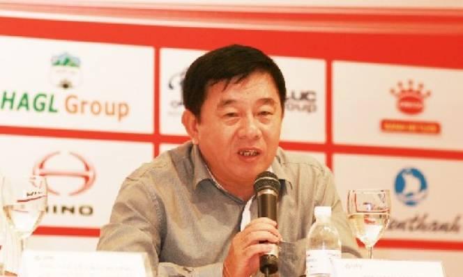 Trưởng ban trọng tài: 'Không có chuyện trọng tài xúc phạm cầu thủ V-League'