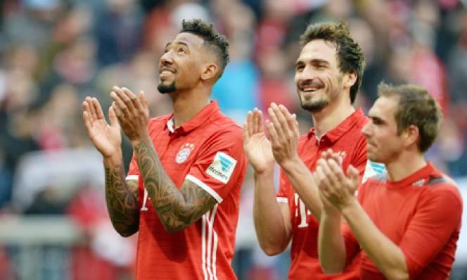 Bundesliga hồi sinh trào lưu 3 trung vệ, khai tử