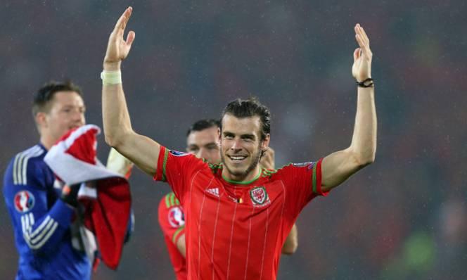 Bale tiếp tục khẩu chiến với tuyển Anh