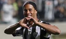 HOT: Ronaldinho chuẩn bị xỏ giày thi đấu trở lại