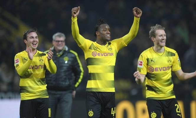 Thi đấu thăng hoa, Dortmund muốn