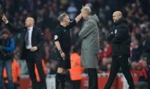 Tiết lộ: HLV Wenger 'sỉ nhục' trọng tài 2 lần trong 1 trận