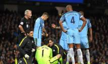 Man City nhận thêm hung tin sau trận hòa MU