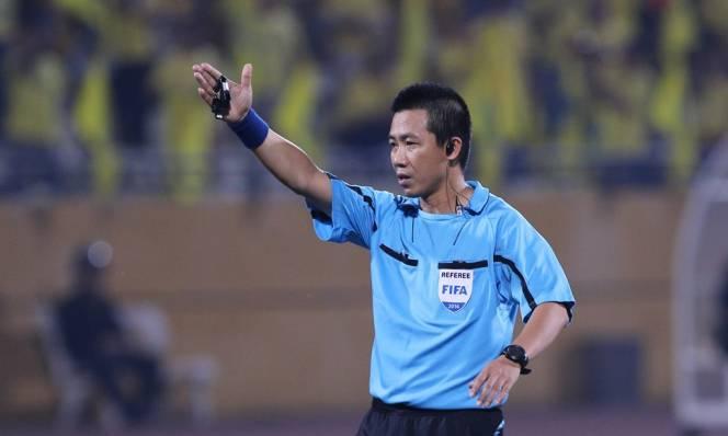 Trọng tài Đức Vũ bị đình chỉ vì sai lầm ở trận Hà Nội vs Than Quảng Ninh