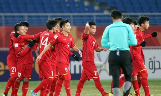 NÓNG: U23 Việt Nam có thể mất 2 hậu vệ chủ chốt trong trận gặp U23 Iraq