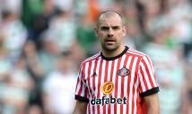 Thua 5-0 trên sân nhà, cựu cầu thủ Man United công khai chửi đổng CLB và đồng đội