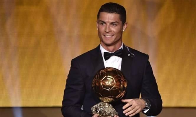 QBV 2016: Ronaldo có số điểm bình chọn gấp đôi Messi