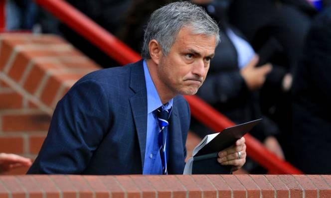 Mourinho chưa hết tiếc khi hụt sao trẻ đồng hương