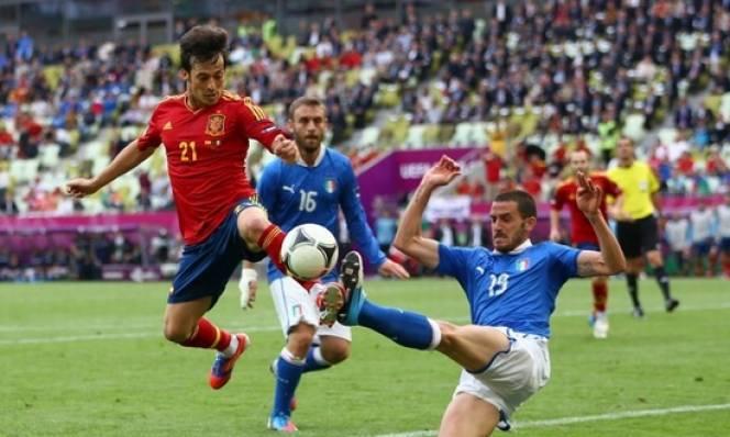 Người Ý quyết trả nợ trước Tây Ban Nha