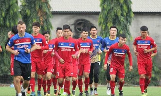 Xếp nhóm hạt giống số 1 AFF Cup, ĐT Việt Nam hại nhiều hơn lợi