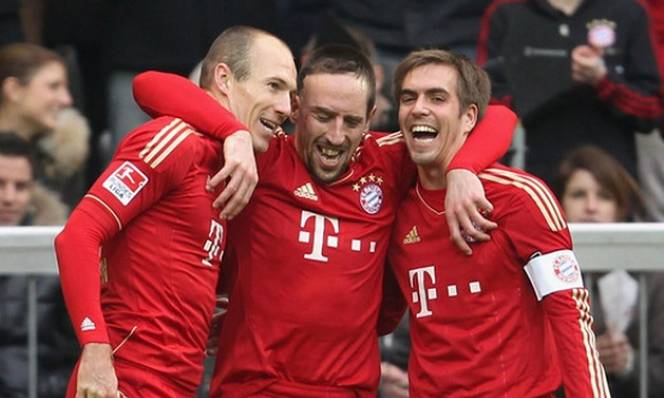 'Dream Team' của Robben: Phân nửa là đồng đội ở Bayern