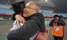 """HLV Park Hang-seo - từ """"ông lão"""" bị hoài nghi tới người hùng làm nên lịch sử bóng đá Việt Nam"""