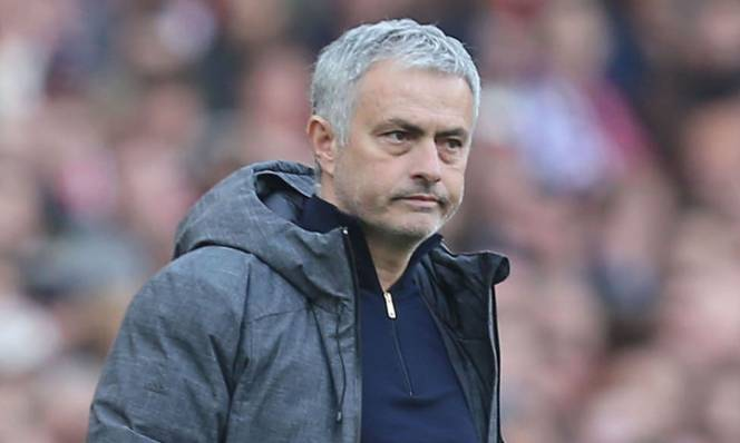 Những vị trí mà Mourinho cần bổ sung gấp trong hè này