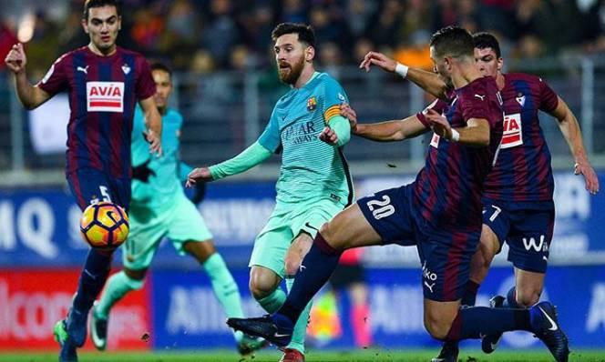Giám đốc Barca bác bỏ tin đồn nội bộ lục đục