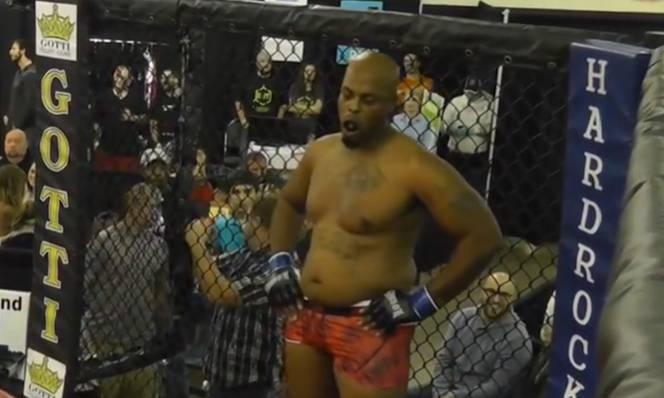 Hiểm họa từ đấu võ tự do: Võ sĩ MMA tử vong sau khi bị knock-out