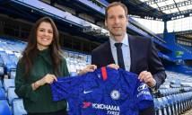 Nóng! Cech bị bắt gặp tại Stamford Bridge với nữ giám đốc Chelsea